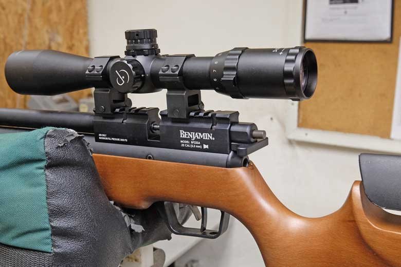 b2 Garden Rescue: Best Air Rifle For Squirrels (Reviews & Buying Guide 2021)